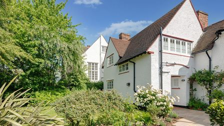 Temple Fortune Lane, NW11, �1,299,500