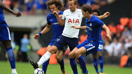 Tottenham Hotspur's Harry Kane (centre) takes on Chelsea's David Luiz (left) and Andreas Christensen