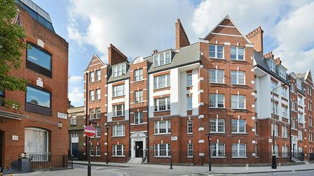 Crawford Mansions boasts a green plaque, awarded by Westminster City Council to mark the special sta