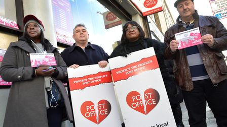 Diane Abbott MP joined CWU members on December 3 outside the Post Office in Kingsland High Street as