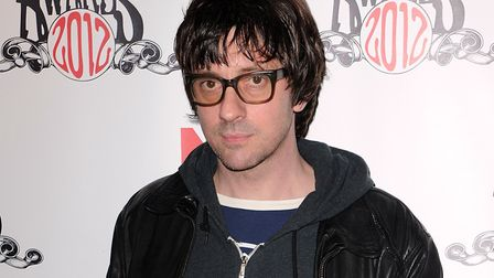 Graham Coxon has urged his followers on Twitter to object to plans to demolish Rochester Square Spir