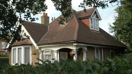 Campaigners are angered that the council have recommended approval to turn the Victoria Park lodge i