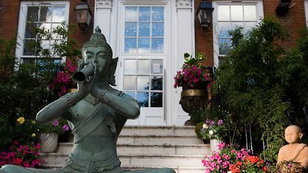 This statue was stolen from the entrance to Yum Yum in Stoke Newington High Street.