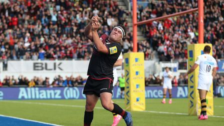 Saracens Jamie George celebrates after scoring his side's second try against Wasps (pic David Davies