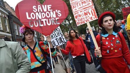 Passing Clouds supporters march from Hoxton Square to the venue in Richmond Road Dalston on 17.09.16