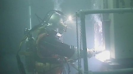 Specialist scuba divers will set to work removing radioactive waste from Sizewell A's nuclear fuel s
