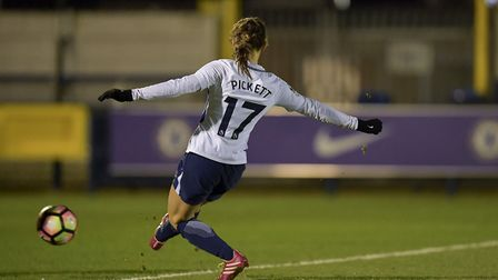 Tottenham Hotspur Ladies' Lauren Pickett scores against Chelsea (pic: wusphotography.com).