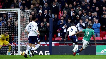 West Bromwich Albion's Salomon Rondon scores his side's first goal of the game during the Premier Le
