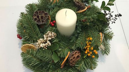 If some of the flowers fade before Christmas, replace them with new ones just before the big day