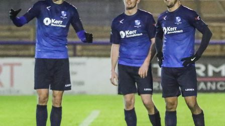 Wingate & Finchley players look happy (pic Martin Addison)