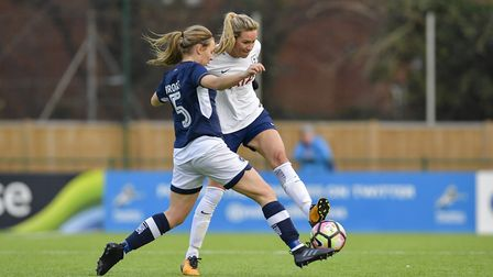 Wendy Martin in action for Tottenham Hotspur Ladies (pic: wusphotography.com).