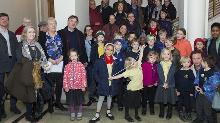 Holmleigh Primary School and Sir Thomas Abney Primary School pupils and parents with Cllr Rosemary S