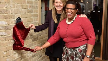 Camden Council Leader, Cllr Georgia Gould (left), unveils a plaque in the new Hawley Primary School