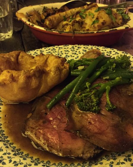 """The """"bottomless"""" roast beef at the Elephant's Head"""