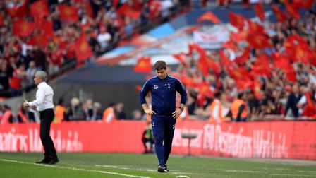 Tottenham Hotspur manager Mauricio Pochettino on the touchline and Manchester United manager Jose Mo