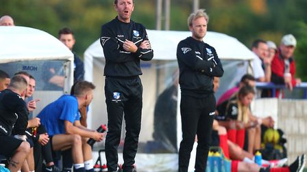 Wingate & Finchley manager Keith Rowland (left) alongside assistant manager Ritchie Graham (pic: Gav