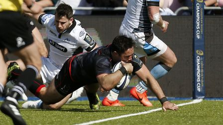 Brad Barritt scores a try for Saracens in their European Champions Cup quarter-final win over Glasgo