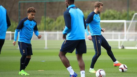Tottenham Hotspur's Marcus Edwards (left) and Harry Kane during a training session at Hotspur Way (p
