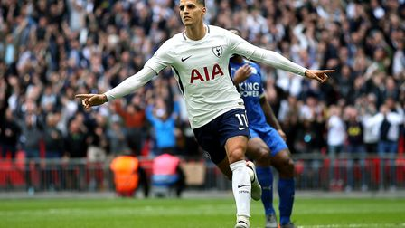 Tottenham Hotspur's Erik Lamela (right) celebrates scoring against Leicester City in the final match