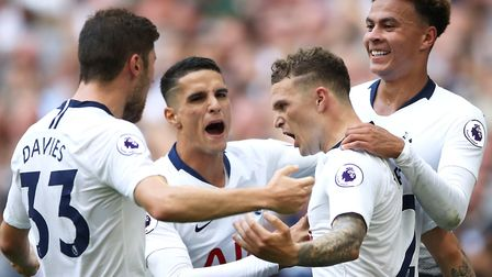 Tottenham Hotspur's Kieran Trippier (centre) celebrates scoring his side's second goal of the game w