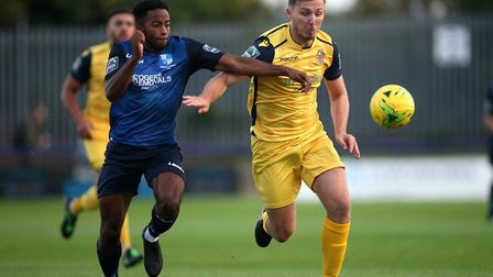 Reece Beccles-Richards of Wingate & Finchley and Kenzer Lee of Hornchurch (Pic: Gavin Ellis/TGS Phot