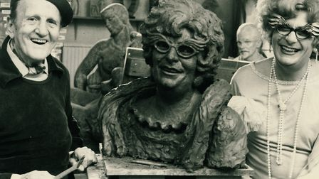 Arthur Fleischmann with Barry Humphries aka Dame Edna Everage and the sculpture he made of her