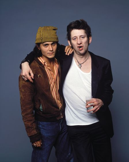 Johnny Depp with Shane MacGowan taken by Ridgers at Holborn Studios in 1996
