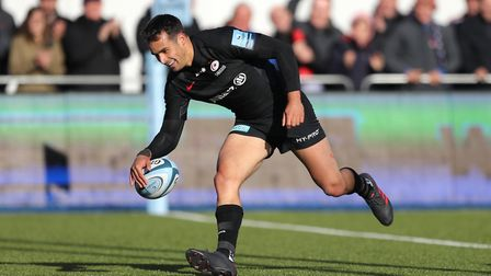 Alex Lozowski scores Saracens' fifth try against Gloucester (pic: Andrew Matthews/PA)