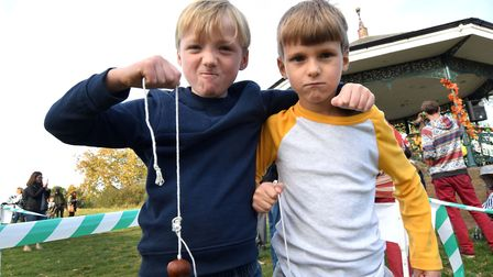 Preparing to fight it out for the aged 5-7 title, finalists Trey and eventual winner George, both ag