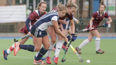 Hampstead & Westminster's Sarah Robertson on the ball (pic Mark Clews)