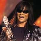 Gabrielle accepts the award for Mastercard Best UK Album, for her album Rise at the 2004 MOBO awards