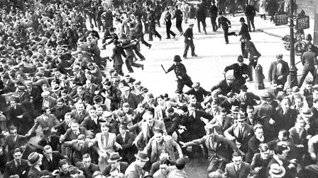 On the same day as the Cable Street riots the Metropolitan Police charge the crowds trying to keep o