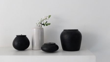 Kenta Anzai, Black Containers, from �295