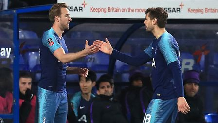 Tottenham Hotspur's Fernando Llorente (right) is substituted for Harrry Kane during the FA Cup third