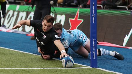 Saracens' Alex Lewington is tackled into touch by Glasgow Warriors' Stuart Hogg (pic: David Davies/P
