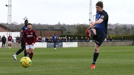 Sean Cronin of Wingate & Finchley scores the second goal against Potters Bar Town (pic: Gavin Ellis/