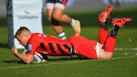 Saracens Tom Whiteley scores the first try of the game during the Gallagher Premiership match at Ash