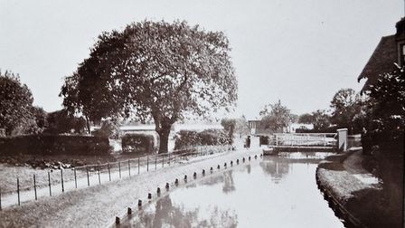 Frederick Wirth's picture of the New River in the early 1900s