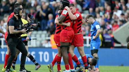 Saracens' Maro Itoje and Saracens Owen Farrell celebrate after winning the Heineken Champions Cup (p