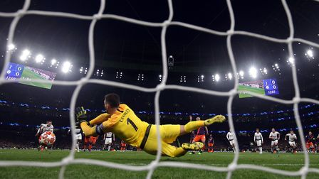 Tottenham Hotspur goalkeeper Hugo Lloris saves a penalty from Manchester City's Sergio Aguero (pic: