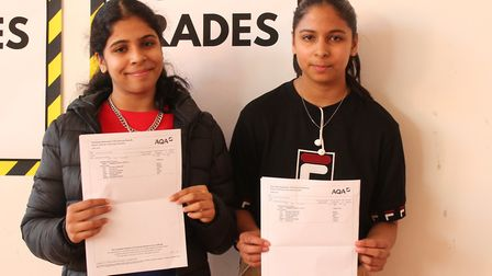Twins,Sarah and Tasneem Saalaudeen, helped each other study for exams.