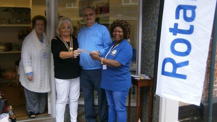 The Rotary Club of Southwold and District presented a cheque to Halesworth Dementia Carers' Fund. Pi