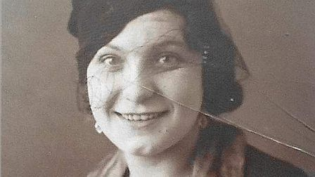 Early-picture-of-Cissy
