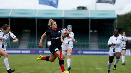 Vicky Fleetwood in action for Saracens Women (pic Lara Miller Photography)
