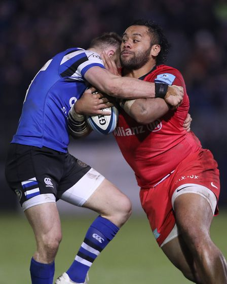 Saracens' Billy Vunipola is tackled by Bath's Max Wright during the Gallagher Premiership match at t