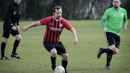 Highgate Albion Reserves in action against Grenfell Athletic (Pic: Louisa Hutchinson)