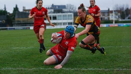 Rocky Clark scores a try for Saracens Women against Richmond (pic Lara Miller Photography)