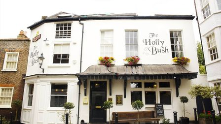 Every year The Holly Bush Hampstead hosts a prize for emerging women painters