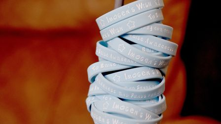 Bands have been made to raise awareness for juvenile idiopathic arthritis, a condition that Imogen G