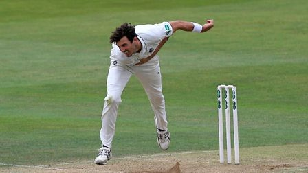 Steven Finn in bowling action for Middlesex (pic Gavin Ellis/TGS Photo)